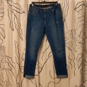 Tailor-Made Slim Straight Leg Jeans
